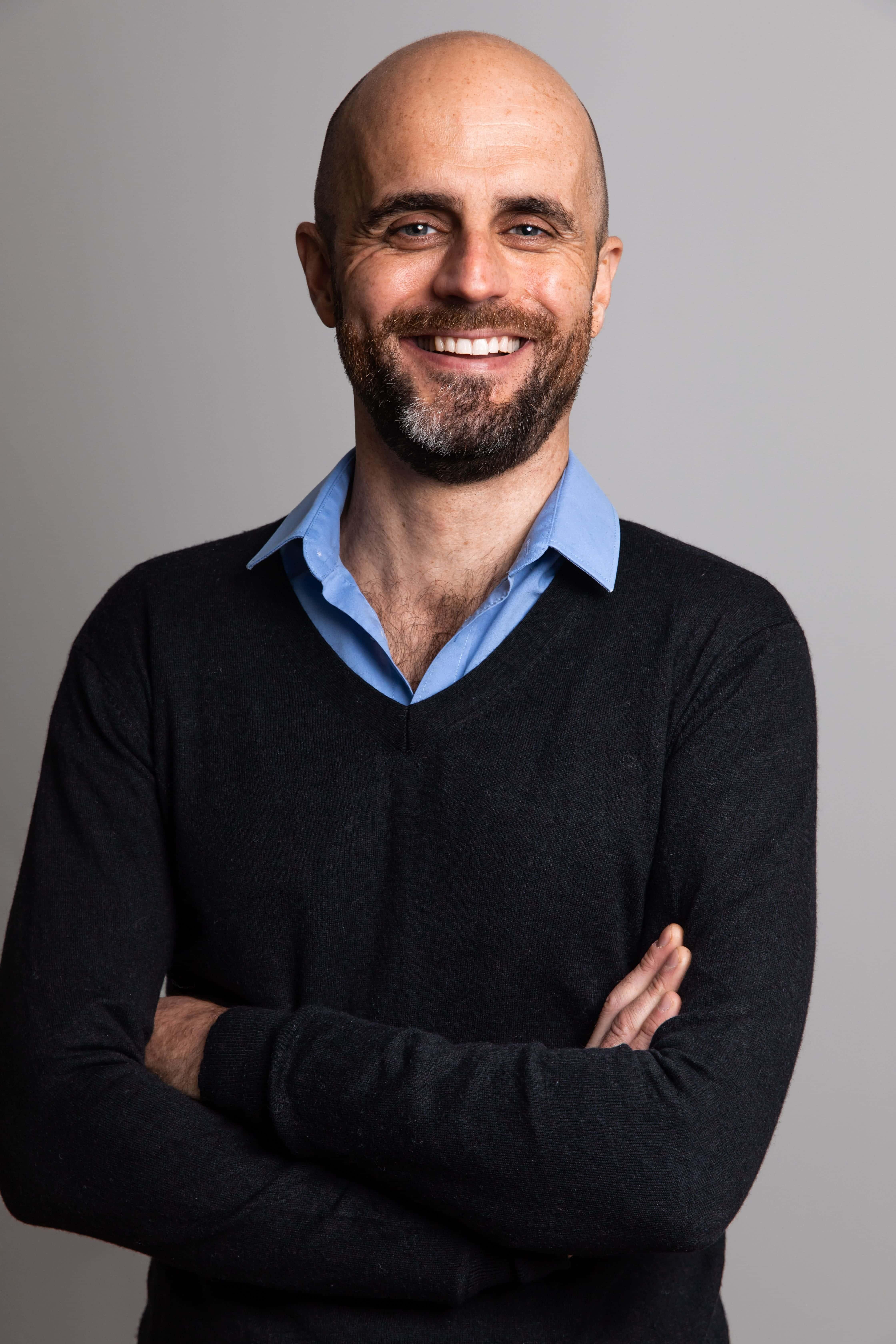 Docteur Olivier Marpeau à son cabinet d'aix en provence
